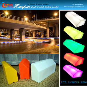 Wholesale outdoor pharmacy led: 2016 Hot Selling Colors LED Light Road Side Pavement Curbstone Outdoor LED Light Curbstone