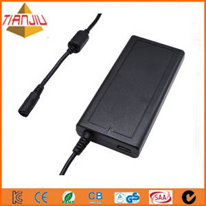 Wholesale portable dvd player: Factory 90W Slim Automatic Universal Laptop Adapter of LCD Display with 5V 2A USB for Phone
