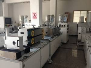 Wholesale Plastic Vacuum Forming Machinery: 2-Layer Cosmetic Tube Extrusion Machine