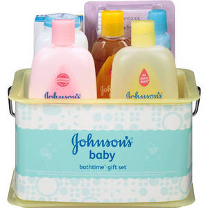 Wholesale baby powder: Johnson's Baby Bathtime Gift Set