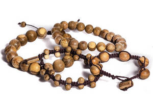 Wholesale Wood Crafts: Agarwood Bracelet