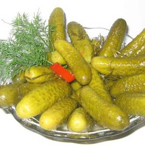 Wholesale Canned Vegetables: Cucumber Pickles