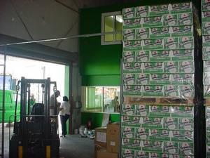 Wholesale truck: Dutch Original Heineken Beer