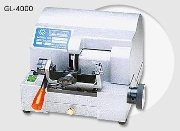 4000 key machine