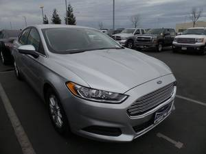 Wholesale for cars: 2015 Ford Fusion S 4D Sedan