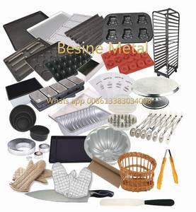 Wholesale Bakeware: Non Stick Bread Baking Trays