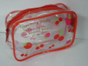 Wholesale pvc cosmetic bag: Fashion Style Clear PVC Cosmetic Bag with Zipper