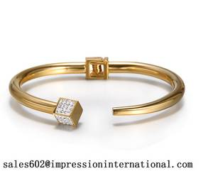 Wholesale gold bangles: Gold Plated Alloy with Crystals Cuff  Bangle