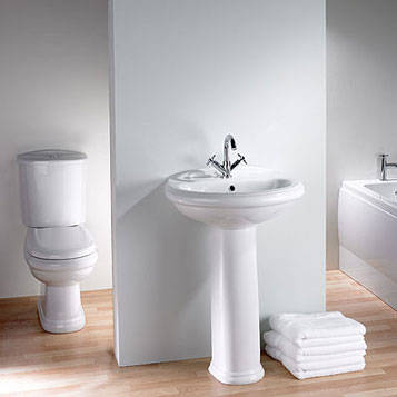 Wc Suite and Pedestal Basin
