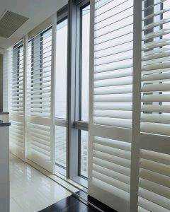 Manual Sliding Inside Window Shutters Wood For Room