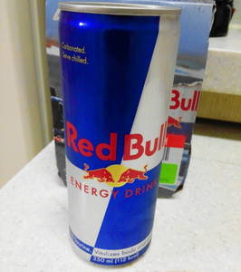 Wholesale red bull drink: Bull Energy Drink 250ml Reds / Blue / Silver