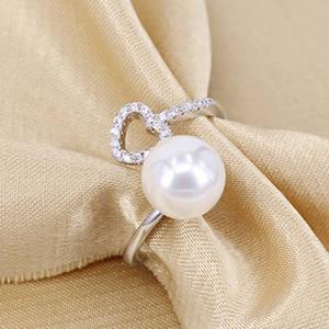 Wholesale used clothing dubai: China Manufacturer Fashionable Jewelry Rhodium Plated Cubic Zirconia Heart Imprint Ring