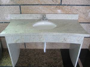 Wholesale Countertops, Vanity Tops & Table Tops: Kashmir White Countertop