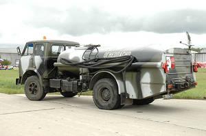 Wholesale engine: USED TZA-7.5 Airfield Refueler