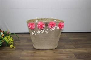 Wholesale handbags: Handbags