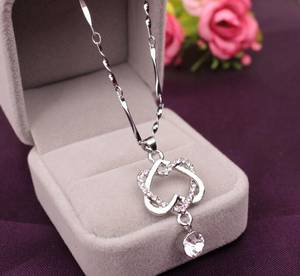 Wholesale jewellery: 2017 Necklace Pendants Wholesale Fashion Jewellery Chain Heart Pendant Gold