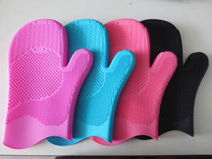 Wholesale cleaning gloves: Hot Selling Silicone Brush Cleaning Glove / Rubber Glove