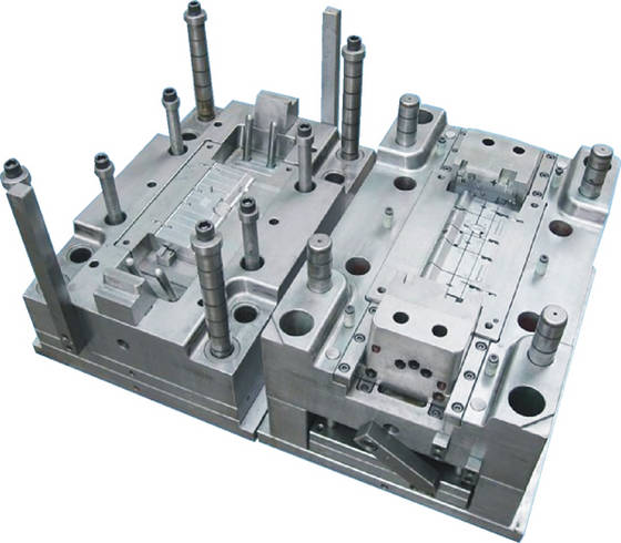 Plastic Injection Machinery: Sell Plastic Injection Mould of Autoparts Providing OEM service