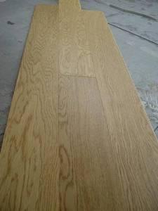 Wholesale engineered wood flooring: 900 X 90 X 10/3mm Oak Engineered Wood Flooring
