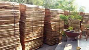 Wholesale Timber: 1220*2440mm Natural Eucalyptus Core Veneer