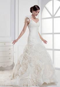 Wholesale bridal dress: One Shoulder Long Pleat Wedding Dress, Sweetheart with Flower Court Train