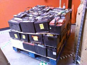 Wholesale drained battery scrap: Drained Lead Acid Battery Scrap/Lead Plate Scrap/Lead Ingot Scraps