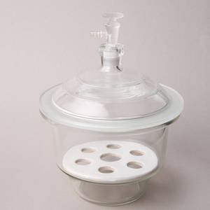 Vacuum Desiccator with Ground-in Stopcock and Porcelain Plate, C