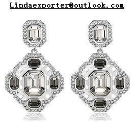 Wholesale diamond earrings: Fashion Alloy &Silver Plating Diamond Teardrop Earring
