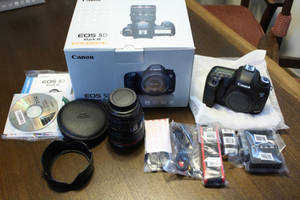 Wholesale battery pack: Canon EOS 5D Mark III DSLR Camera
