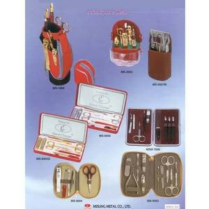 Wholesale nail clippers: Nail Clipper & Manicure Set (Manicure Sets)