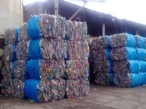 Wholesale pmma plastic scrap: Plastic Bottles Scraps/PET Bottle Scraps/Mix Color Bottles