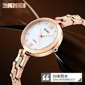 Wholesale quartz watch: Designer Watches for Women Small Size Zinc Alloy Quartz Movement Watches