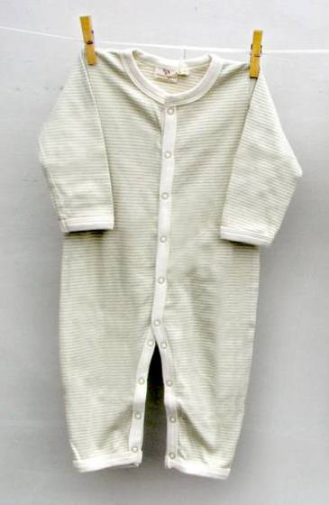 benefits of organic baby clothes Parents want nothing but the best for their babies and are bombarded with products touting the benefits of green and organic products but are they worth the extra cost.