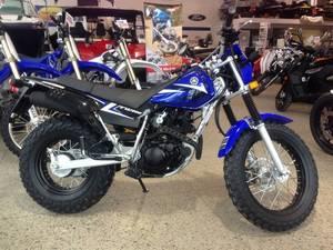 Wholesale dirt bike: Discount Sales for New Yahama TW200, YZ85, YZ450F, TT-R110E, TT-R230 Dirt Bikes
