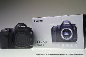 Wholesale digital cameras: BUY 2 GET 1 FREE Discount for  Canon-EOS-5D-Mark-III-BODY-22-3-MP-Digital-Camera