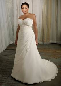 Wholesale wedding gowns: Sweetheart Ruffle Organza Ball Gown Luxury Wedding Dresses Plus Size Wedding Dresses