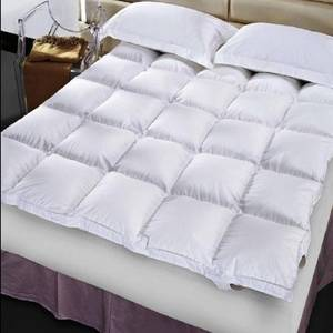 Wholesale bed: Queen Size Quilted Top Bed Mattress Topper