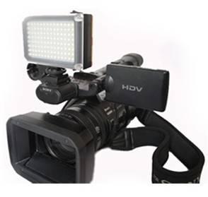 led light: Sell professional battery operated 7W mini 112 Leds studio light