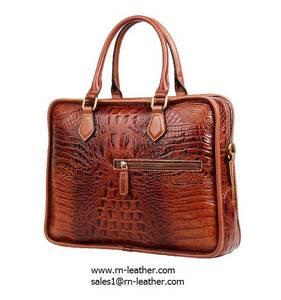 Wholesale passport wallet: Factory Price Good Quality Luxury Design Brown Croc Print Leather Laptop Briefcase for Men