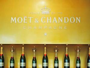 Wholesale champagne: Moet & Chandon Brut Imperial Champagne French Origin.