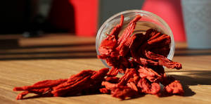 Wholesale dried onion: Dehydrated Tomato Flakes/Granule/Powder