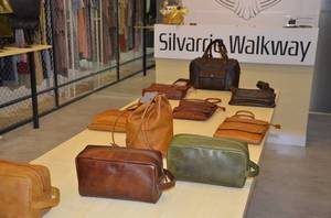 Wholesale wallets: Genuine Leather Wallet Supplier