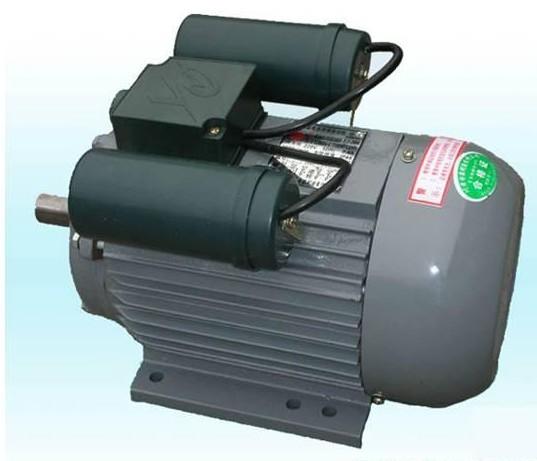 YL(G)系列单相双值电容异步电动机,是采用先进工艺制造的新型派生系列电机,具有高效、节能、起动转矩大、运行可靠、维护方便等特点,广泛用于农用机械、食品机械、空压机、木工和过载能力要求较高的场合,符合国际电工委员会推荐标准(IEC)中的有关规定。 其安装形式有下列五种: 1、B3型机座带底脚,前端盖上无凸缘; 2、B5型机座不带底脚,前端有大凸缘; 3、B14型机座不带底脚,前端有小凸缘; 4、B34型机座带底脚,前端盖上有小凸缘; 5、B35型机座带底脚,前端盖上有大凸缘。