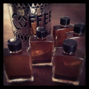 Wholesale mid: Coffee Extracts/Oils