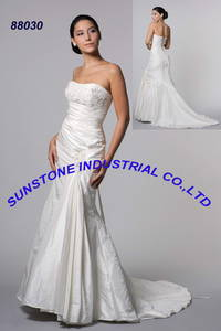 Wholesale wedding gowns: Wedding Gowns - 88030