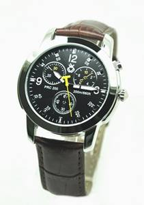 Wholesale quartz watch: Hot Men Quartz Watch with Analog Smart Function Sedentary
