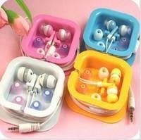 Sell In-ear earphones headphones headsets for Mp3 MP4 MP5 PSP