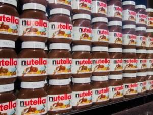 Wholesale ferrero nutella: Ferrero Nutella 350g 400g 600g 750g 800g with Multi Text Available
