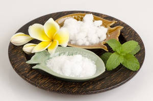 Wholesale Flavour and Fragrance: 100% Natural D-Camphor 464-49-3 Manufacturer, Exporter and Supplier