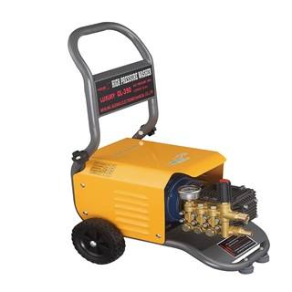 auto detailing machine: Sell QL-390 luxury automatic pressure water jet cleaning machine